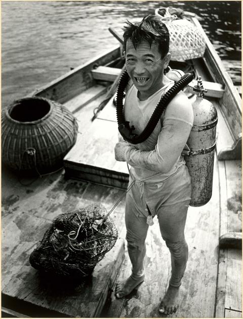 典藏圖片 - 古早潛水裝
